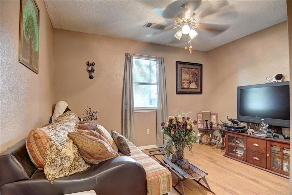 Sold Property | 236 E Keanahalululu Lane Bastrop, TX 78602 21