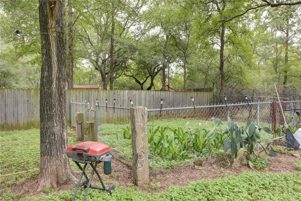 Sold Property | 236 E Keanahalululu Lane Bastrop, TX 78602 25
