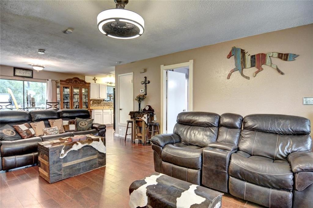 Sold Property | 236 E Keanahalululu Lane Bastrop, TX 78602 8