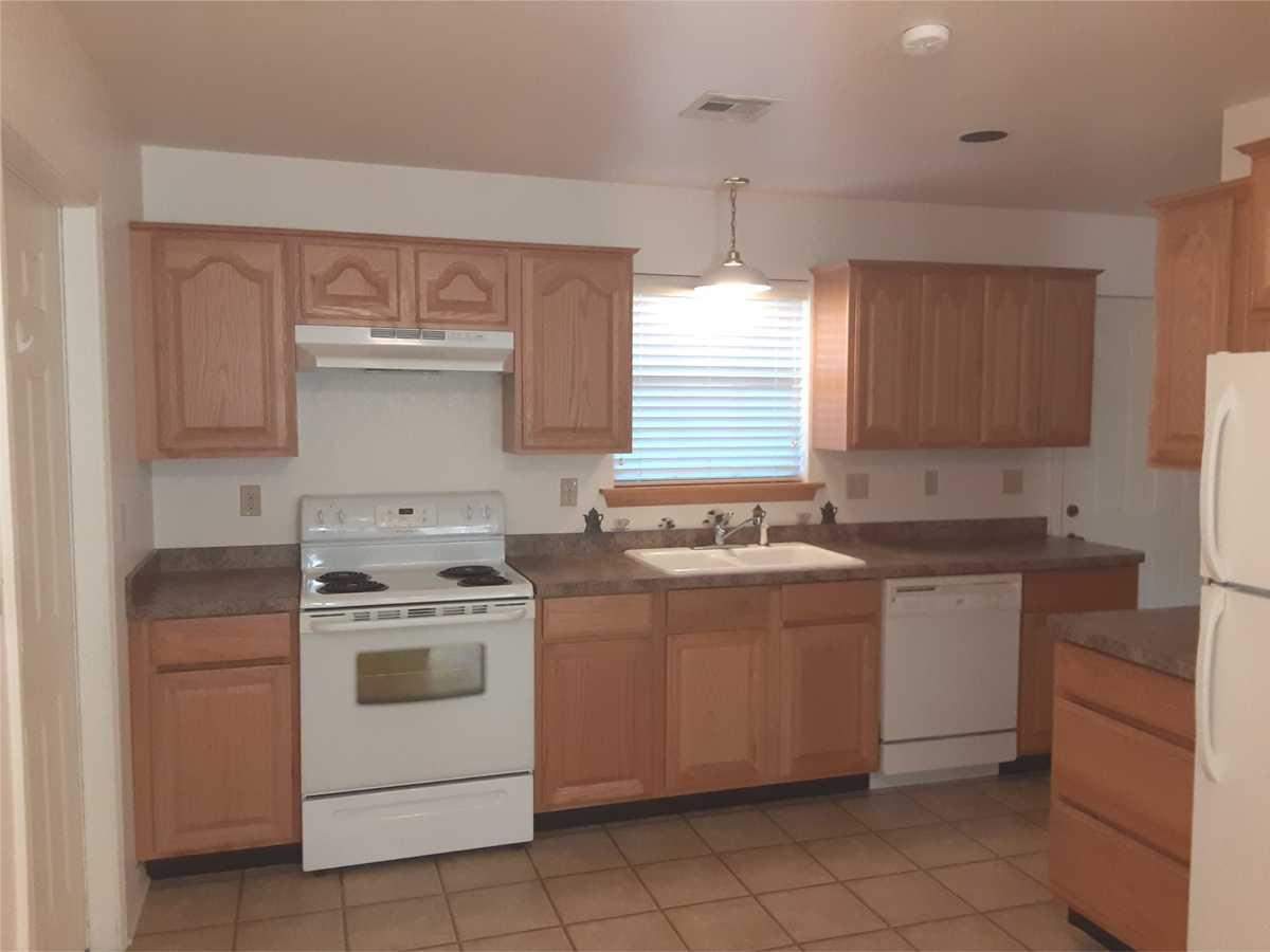 Property for Rent | Rental #15 Premium Senior Living Pryor, OK 74361 4