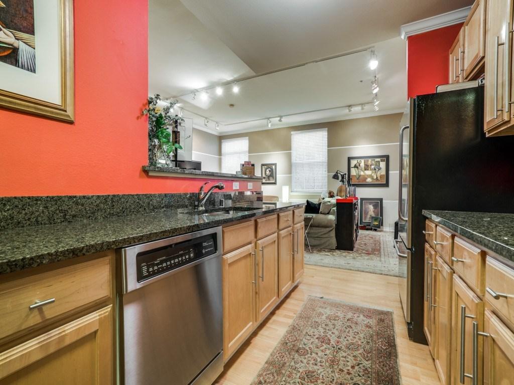 Sold Property | 2305 Worthington Street #217 Dallas, TX 75204 8