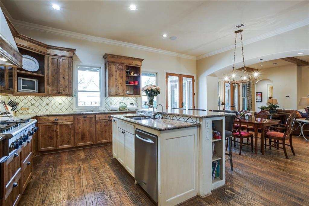 Sold Property   2900 Daniel Avenue Dallas, TX 75205 14