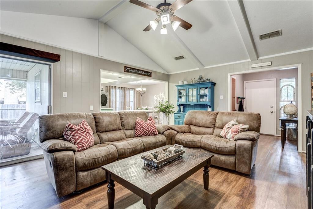 Sold Property | 6304 Llano Drive Edgecliff Village, Texas 76134 5