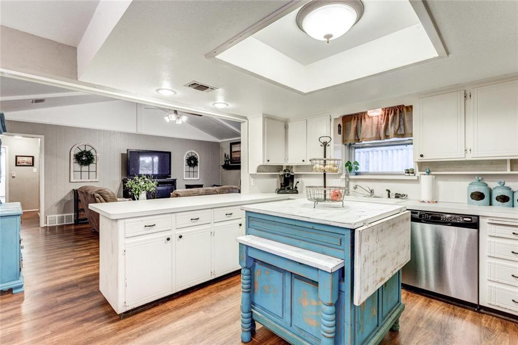 Sold Property | 6304 Llano Drive Edgecliff Village, Texas 76134 8