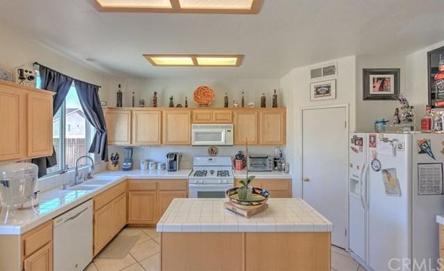 Closed | 11742 Vista Verde Street Victorville, CA 92392 12