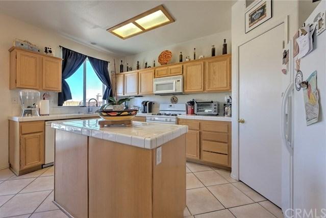 Closed | 11742 Vista Verde Street Victorville, CA 92392 13