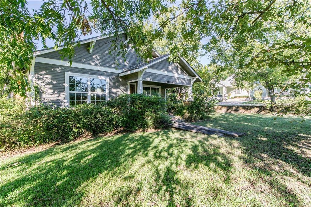 Active | 611 Cypress Street Argyle, Texas 76226 10