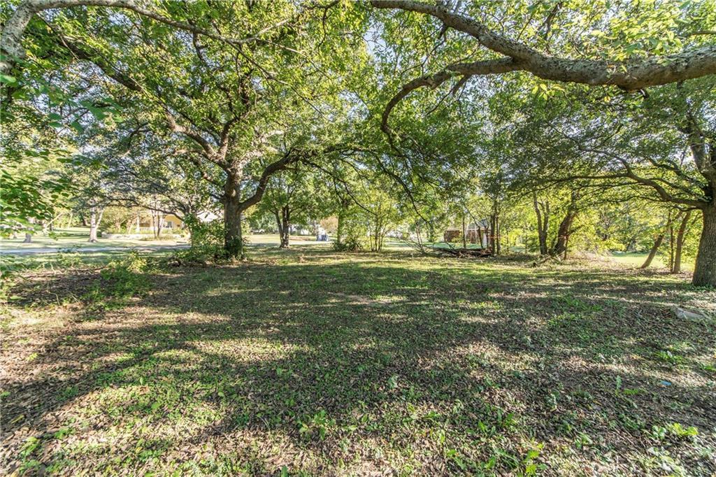 Active | 611 Cypress Street Argyle, Texas 76226 3