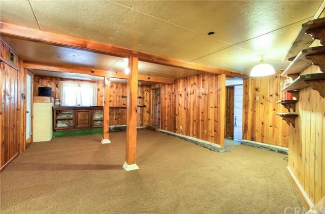 Closed | 23813 Wildwood Lane Crestline, CA 92325 23