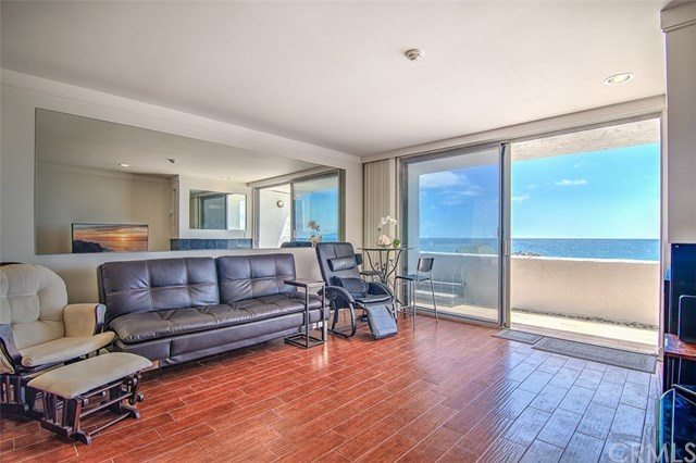 Closed | 615 Esplanade #106 Redondo Beach, CA 90277 2