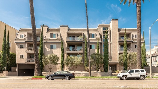Closed | 439 N Doheny Drive #302 Beverly Hills, CA 90210 2