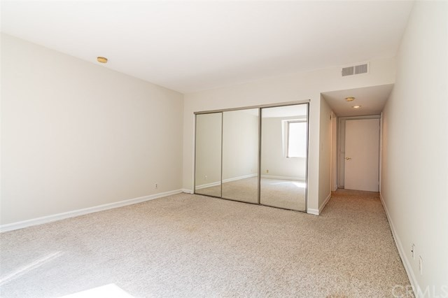 Closed | 439 N Doheny Drive #302 Beverly Hills, CA 90210 43