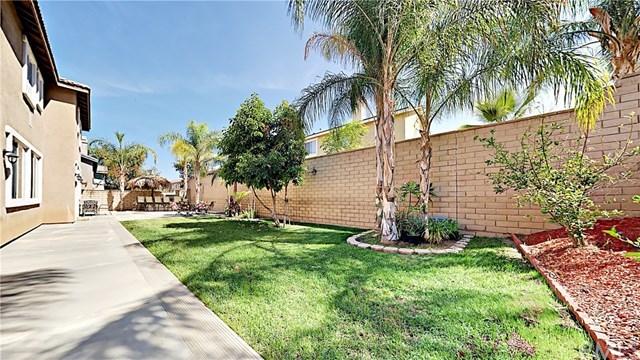 Closed | 2277 Marysa Kathrin Street Corona, CA 92882 17