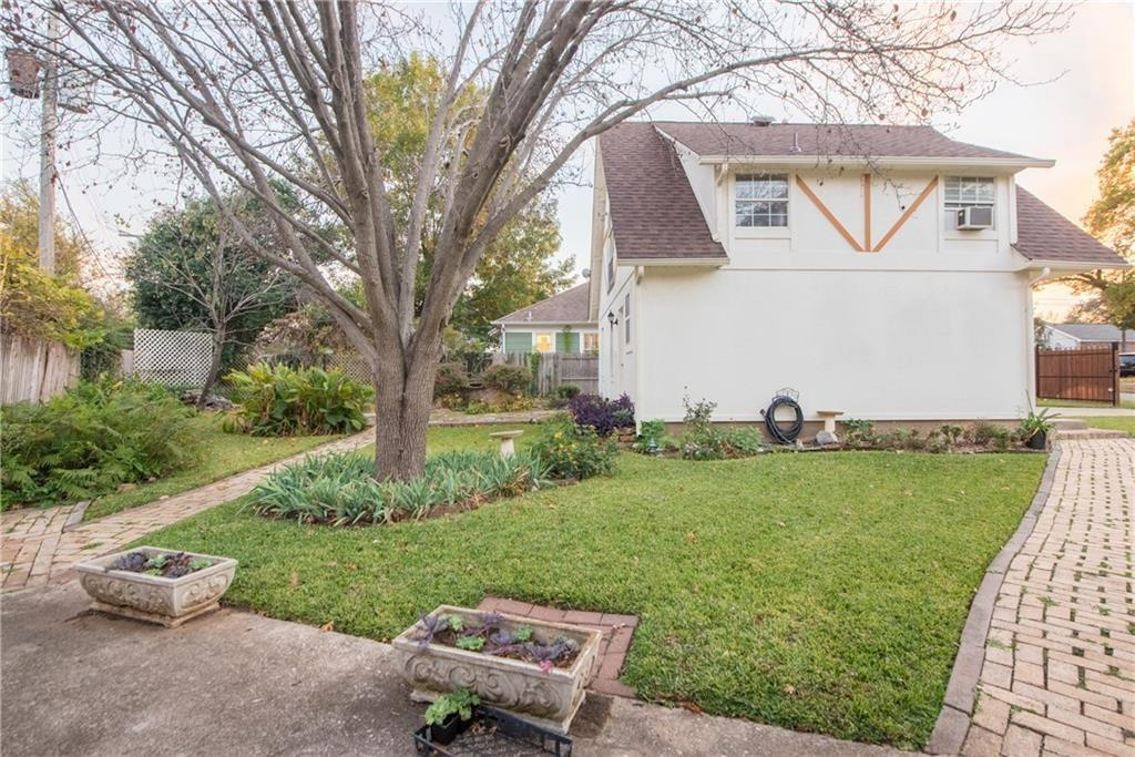Pending | 3412 Worth Hills Drive Fort Worth, Texas 76109 16