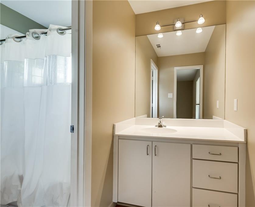 Sold Property | 7111 Schafer Street Dallas, Texas 75252 14