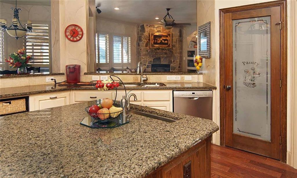 Sold Property   904 Thomas Crossing Drive Fort Worth, Texas 76028 13