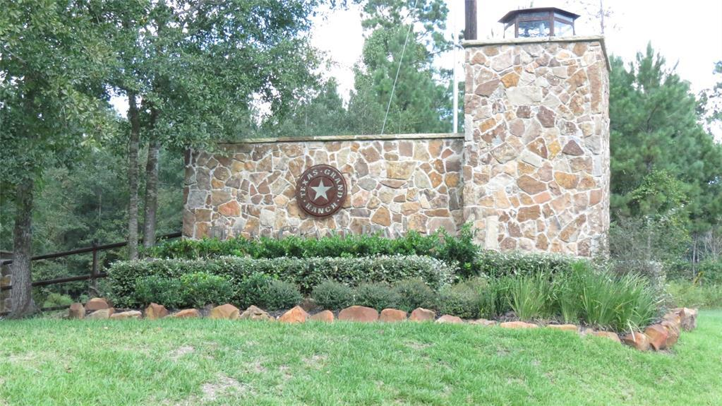 Active | TBD Grand View Trail Huntsville, Texas 77340 1