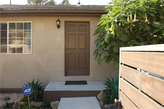 Closed | 1637 Lemoyne Street Echo Park, CA 90026 3