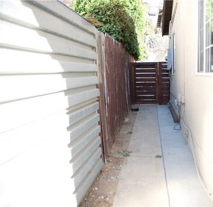 Closed | 1637 Lemoyne Street Echo Park, CA 90026 12