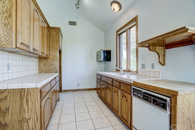 Closed | 1739 Crystal Ridge Court Riverside, CA 92506 53