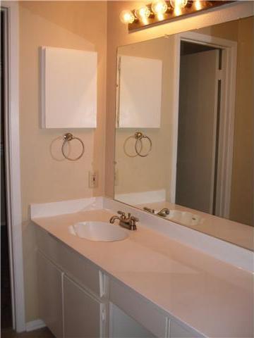 Sold Property | 8404 Ardash LN Austin, TX 78759 6