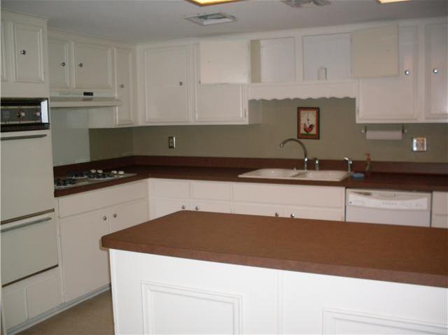 Sold Property | 8404 Ardash LN Austin, TX 78759 8