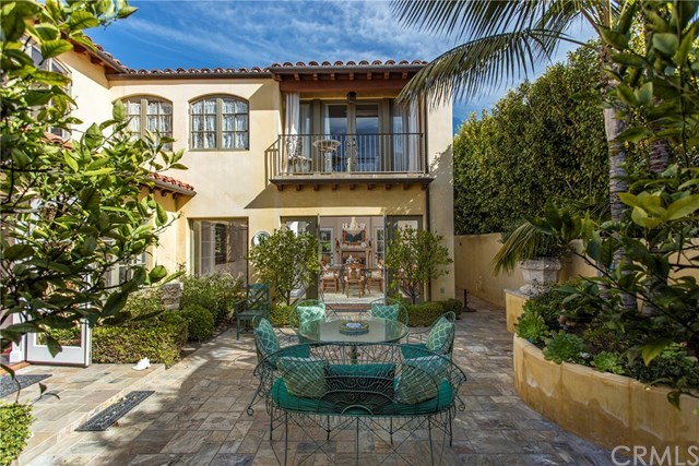 Active | 723 Emerald Bay  Laguna Beach, CA 92651 1