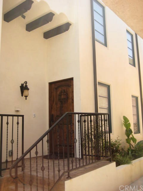 Closed | 174 1st  Court Hermosa Beach, CA 90254 2