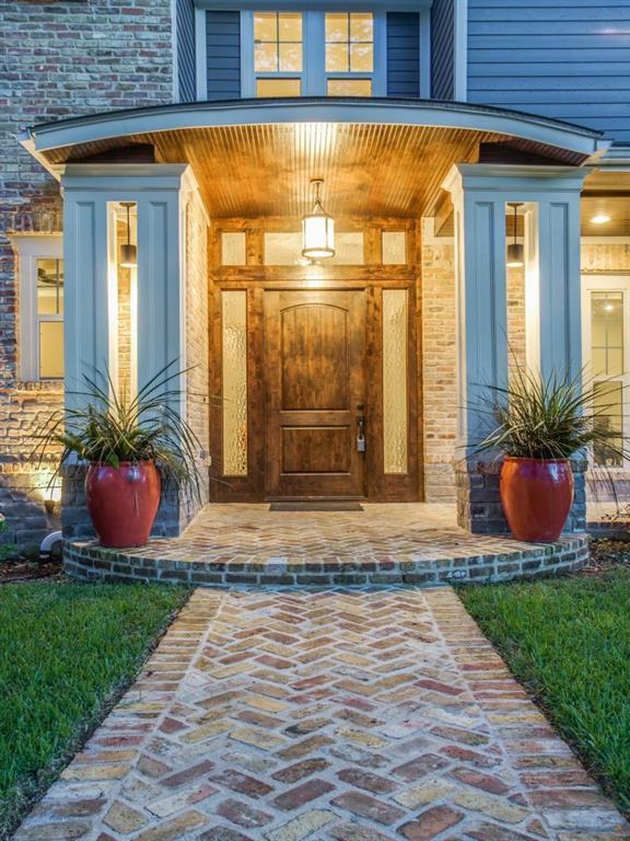Sold Property | 6636 Willow Lane Dallas, Texas 75230 2