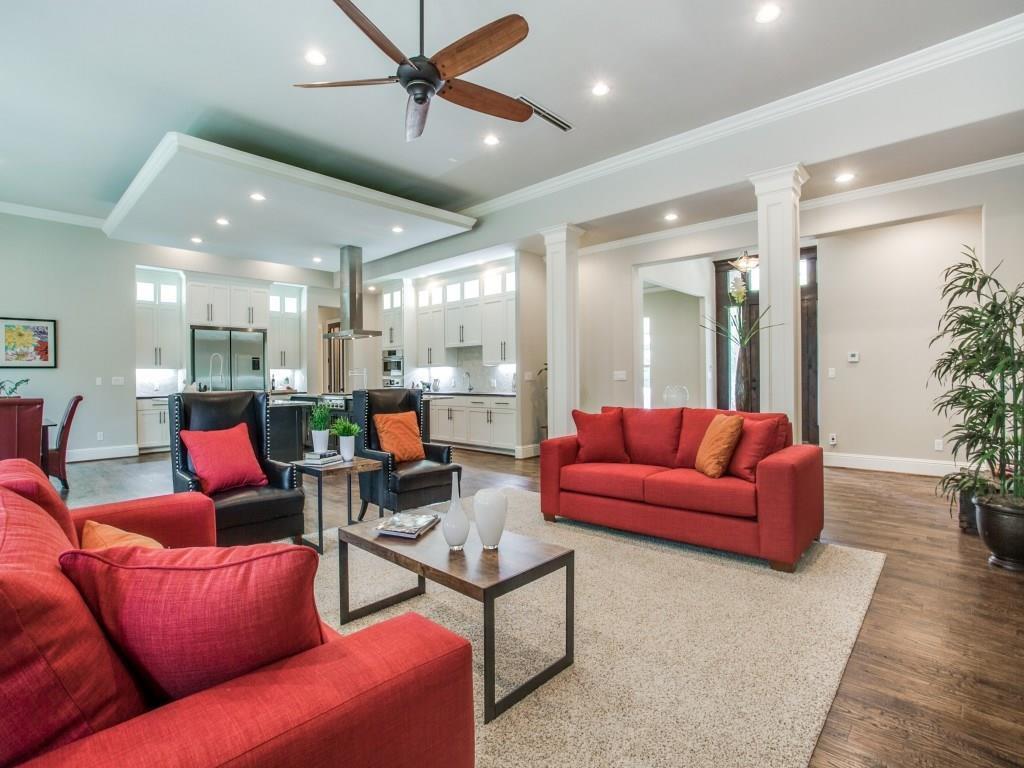 Sold Property | 6636 Willow Lane Dallas, Texas 75230 8
