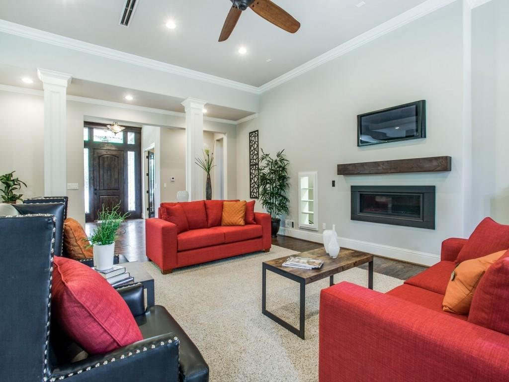 Sold Property | 6636 Willow Lane Dallas, Texas 75230 9