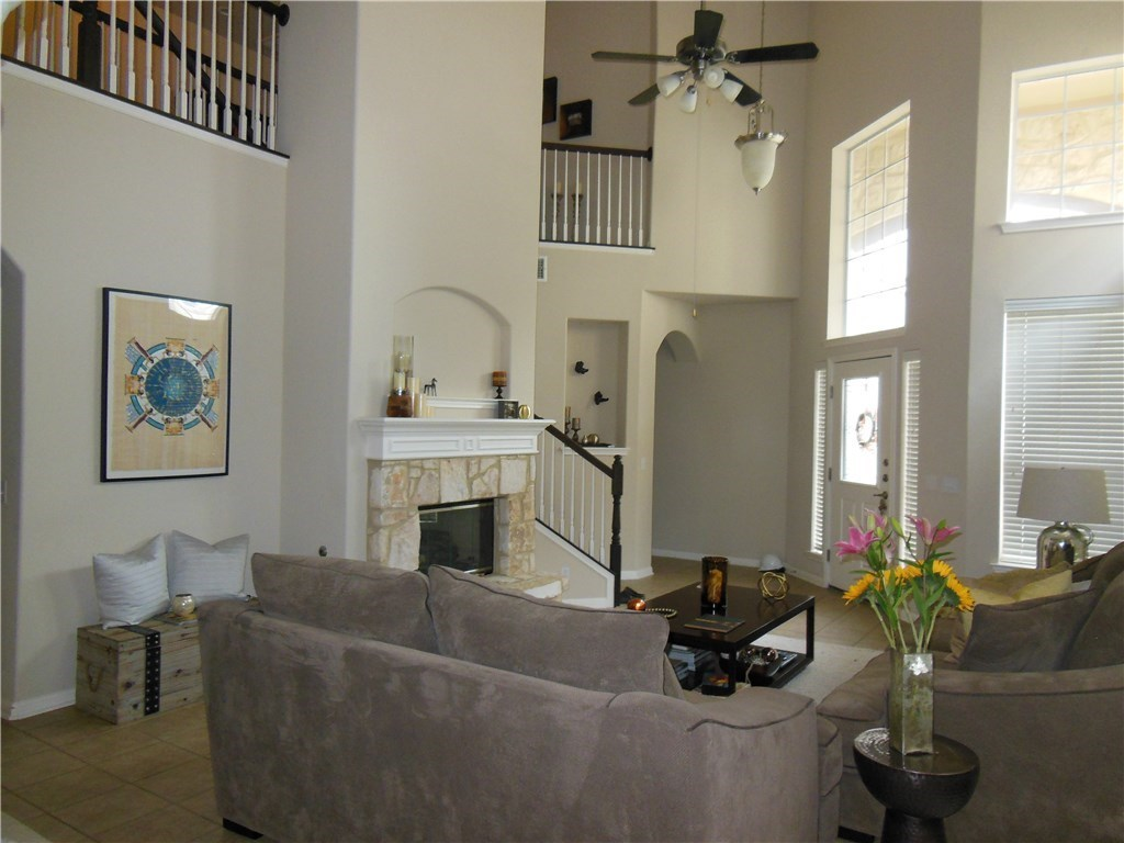 Sold Property | 7901 Southwest PKWY #37 Austin, TX 78735 2