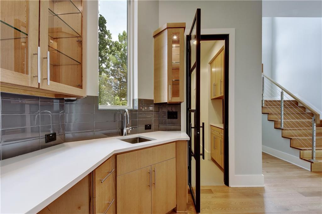 Sold Property | 2411 Enfield RD Austin, TX 78703 24
