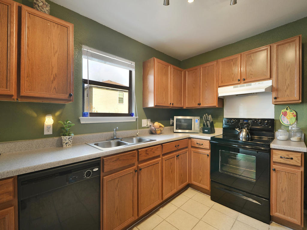 Sold Property | 6632 Quinton DR Austin, TX 78747 8