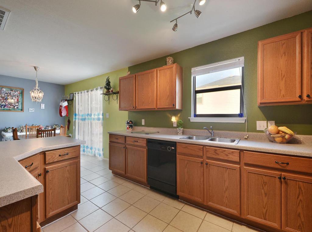 Sold Property | 6632 Quinton DR Austin, TX 78747 9