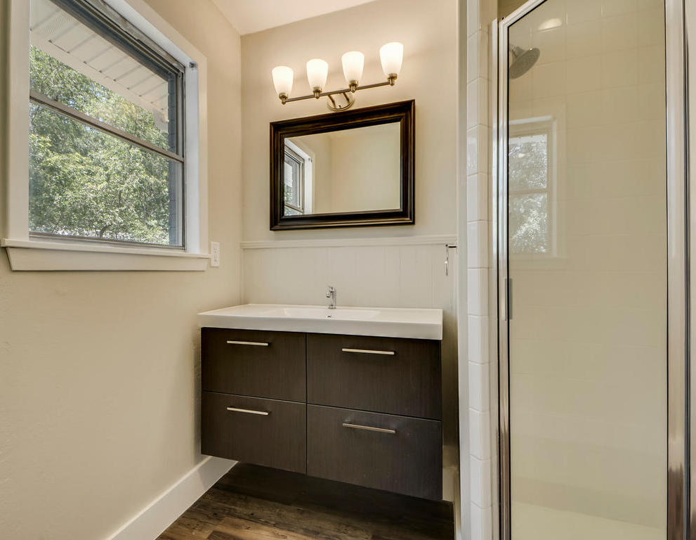 Sold Property   101 E Caddo ST Austin, TX 78753 18
