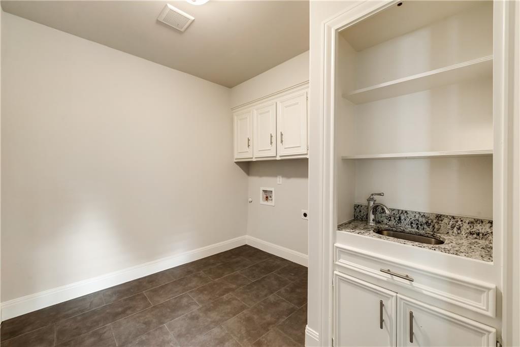 Housed Real Estate + Relocation  | 6907 Stefani  Drive Dallas, TX 75225 18