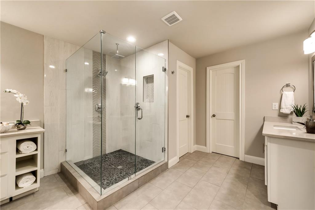 Housed Real Estate + Relocation  | 6907 Stefani  Drive Dallas, TX 75225 22