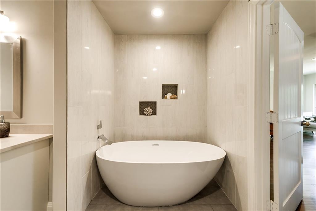 Housed Real Estate + Relocation  | 6907 Stefani  Drive Dallas, TX 75225 23