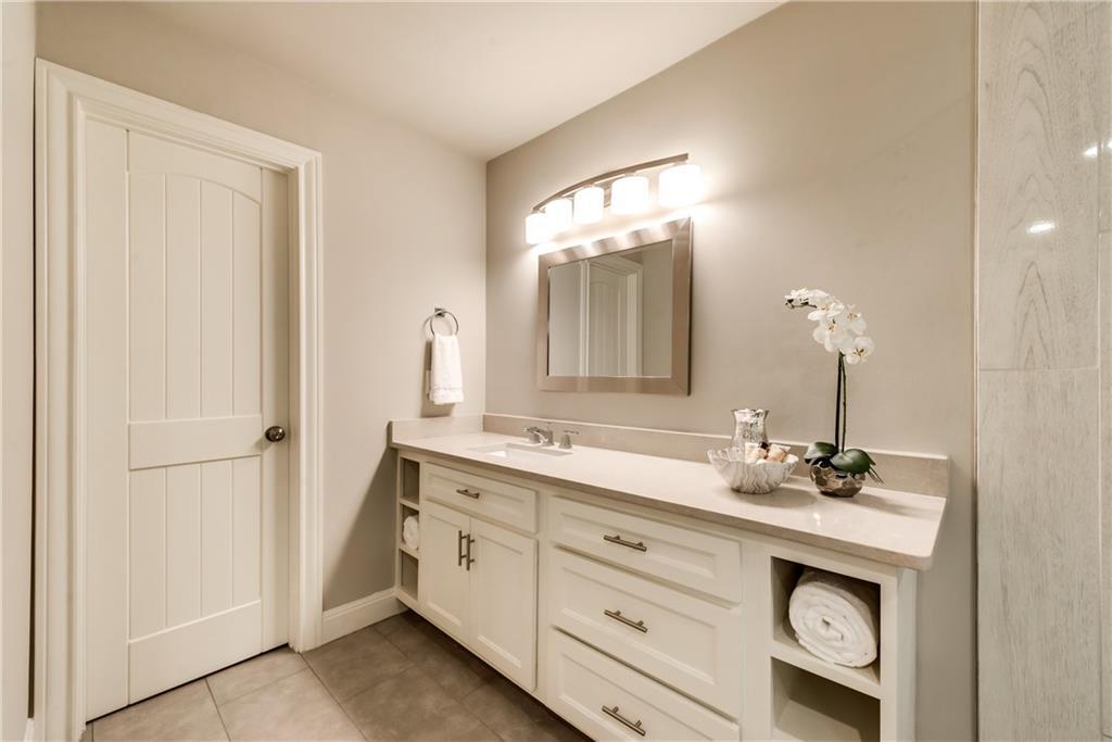 Housed Real Estate + Relocation  | 6907 Stefani  Drive Dallas, TX 75225 24