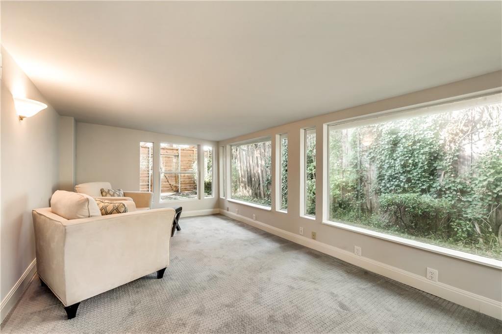 Housed Real Estate + Relocation  | 6907 Stefani  Drive Dallas, TX 75225 33