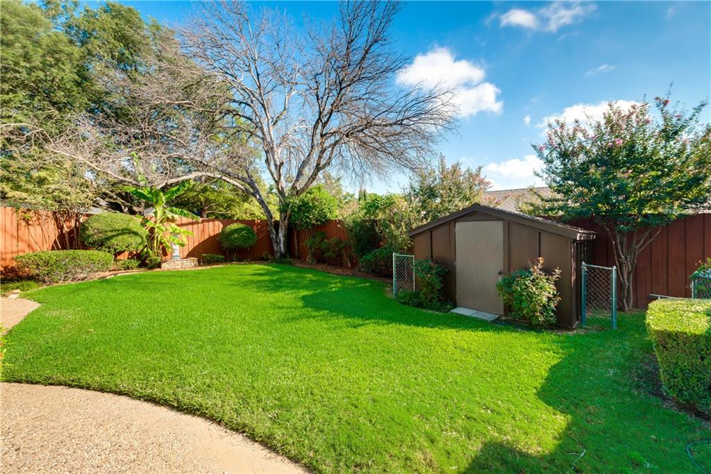 Housed Real Estate + Relocation  | 6907 Stefani  Drive Dallas, TX 75225 35