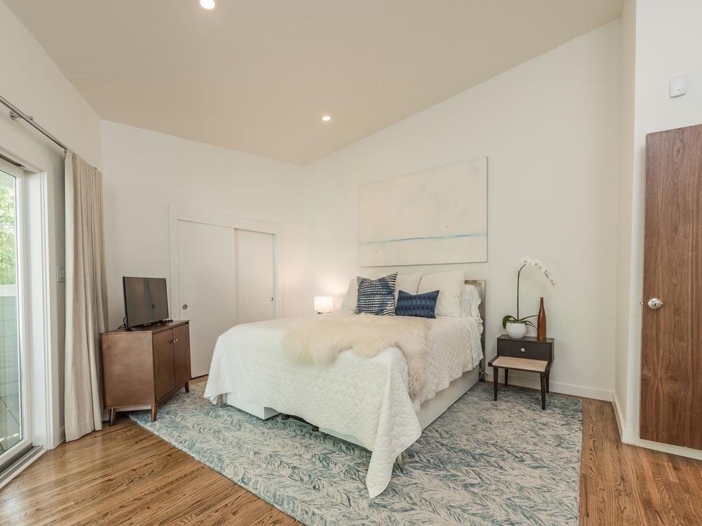 Sold Property | 2634 W 49th ST Austin, TX 78731 10