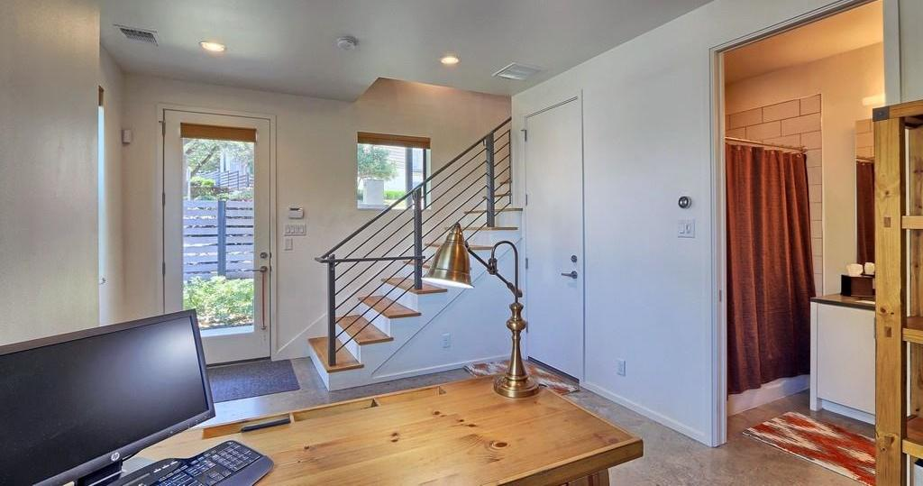 Sold Property | 707 Cardinal LN #M-2 Austin, TX 78704 12