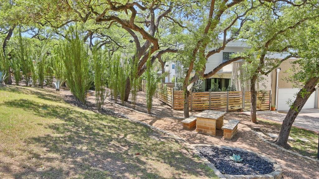 Sold Property | 707 Cardinal LN #M-2 Austin, TX 78704 16