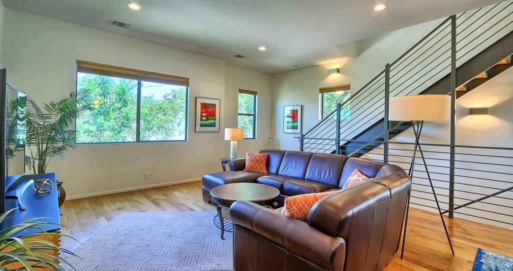 Sold Property | 707 Cardinal LN #M-2 Austin, TX 78704 4