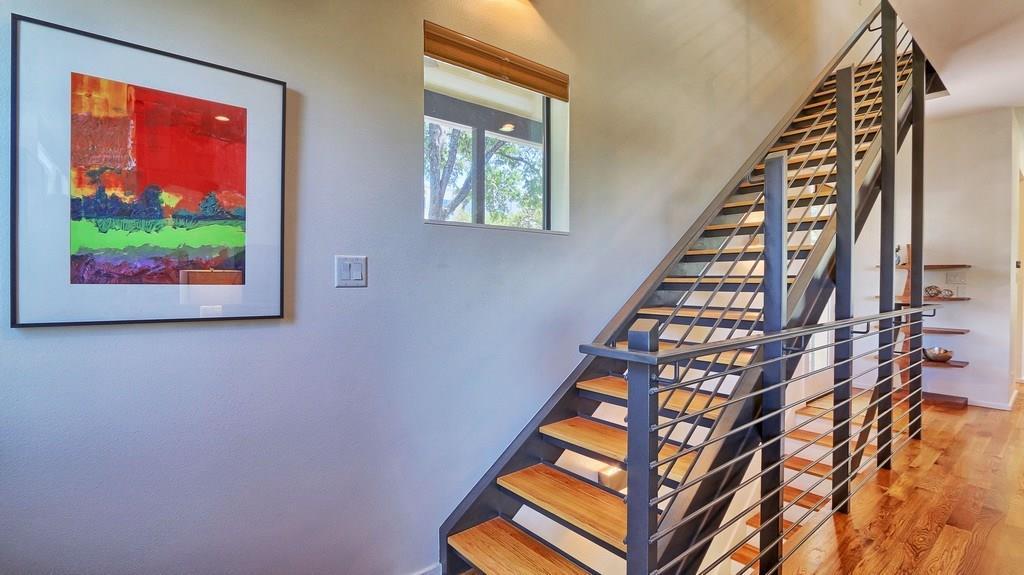 Sold Property | 707 Cardinal LN #M-2 Austin, TX 78704 6