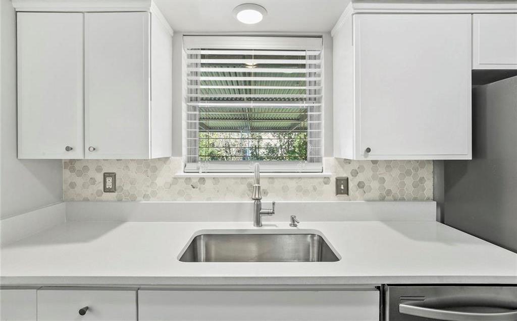 Sold Property   12131 Sunland Street Dallas, Texas 75218 26