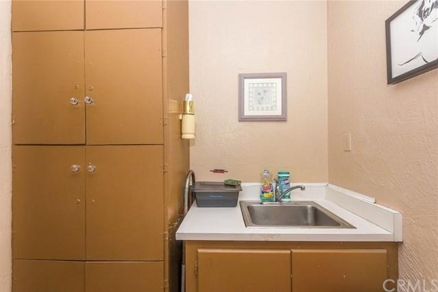 Active Under Contract | 395 N Tustin Street Orange, CA 92867 14