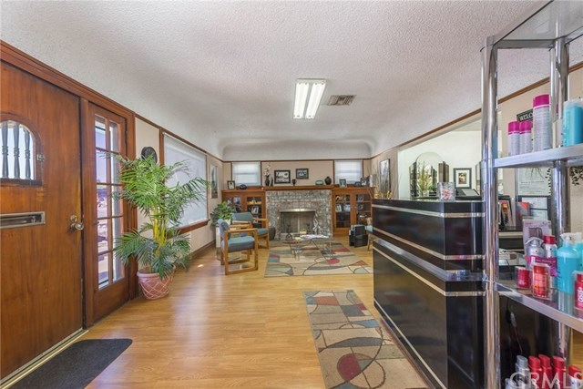 Active | 395 N Tustin Street Orange, CA 92867 3